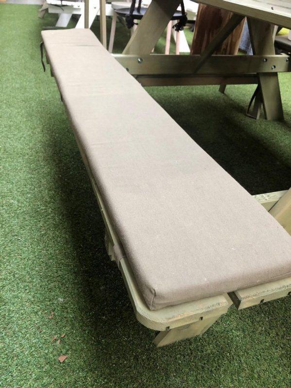 1 Picknicktafelkussen military green 180cm